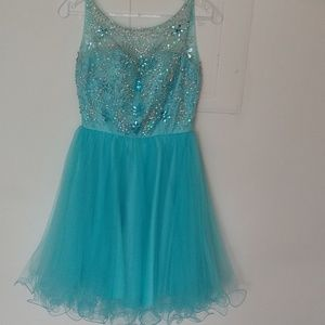 Formal turquoise dress size 0.  Sequin & Organza